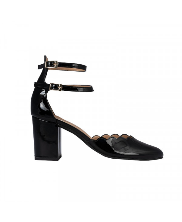 Black mary jane pump with Scalloped patent leather - petite shoes size 2 - Small size women Shoes