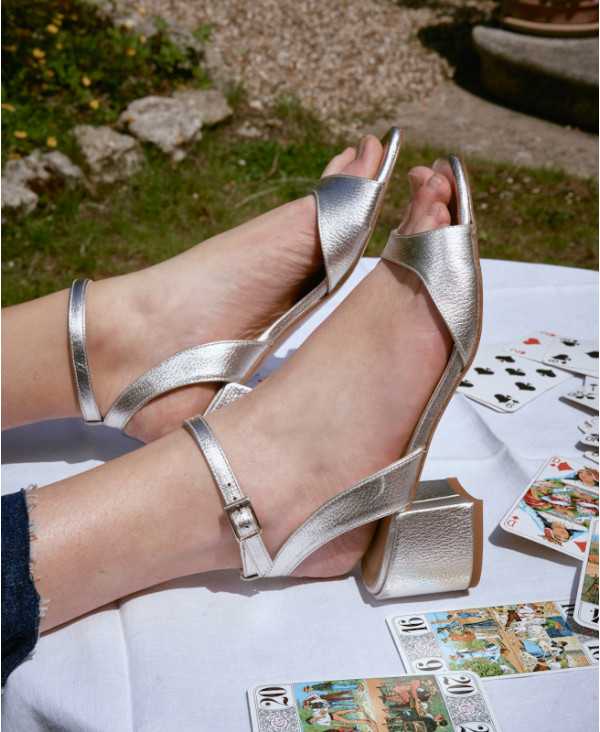 Silver sandal with ankle strap and bloc heel LANITA SILVER - petite shoes size 2 - Small size women Shoes