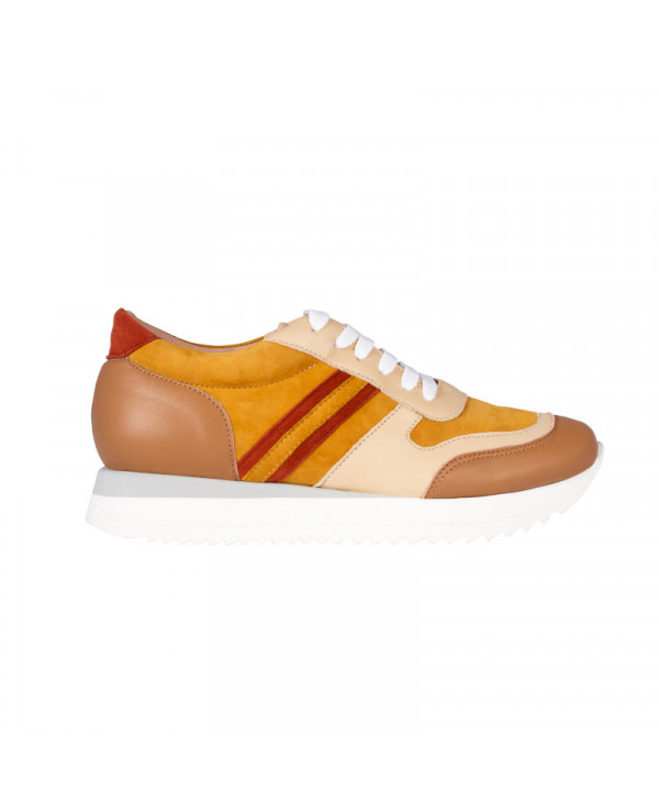 Wegde Trainers POWER TERRA handmade in Family workshop in Tusany, Italy. With Invisible heel and Luxury Leather.