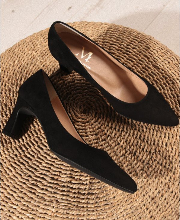 Black Pumps in suede with Kitten heel MARA BLACK